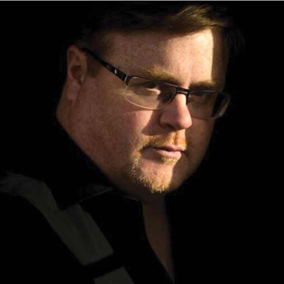 Derek Landy - Author of bestselling Skulduggery Pleasant series